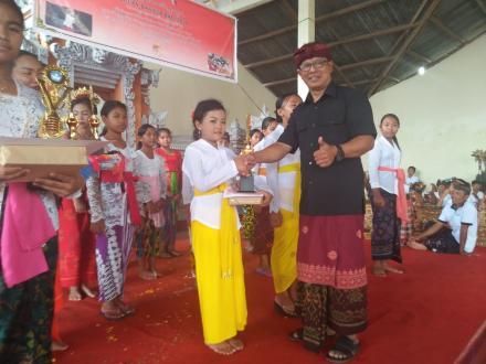 Bulan Bahasa Bali 2020 Desa Penuktukan